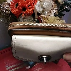 Coach Bags - Vintage Coach satcgel and turn lock wristlet